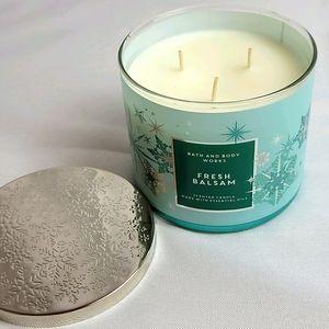 New fresh balsam bath & Body Works 3 wick candle